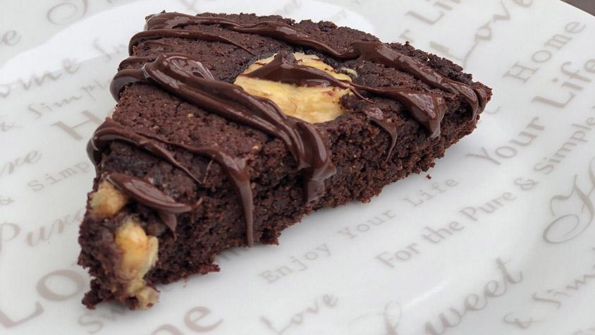 Mogyorókrémes, lisztmentes, banános brownie | Street Kitchen