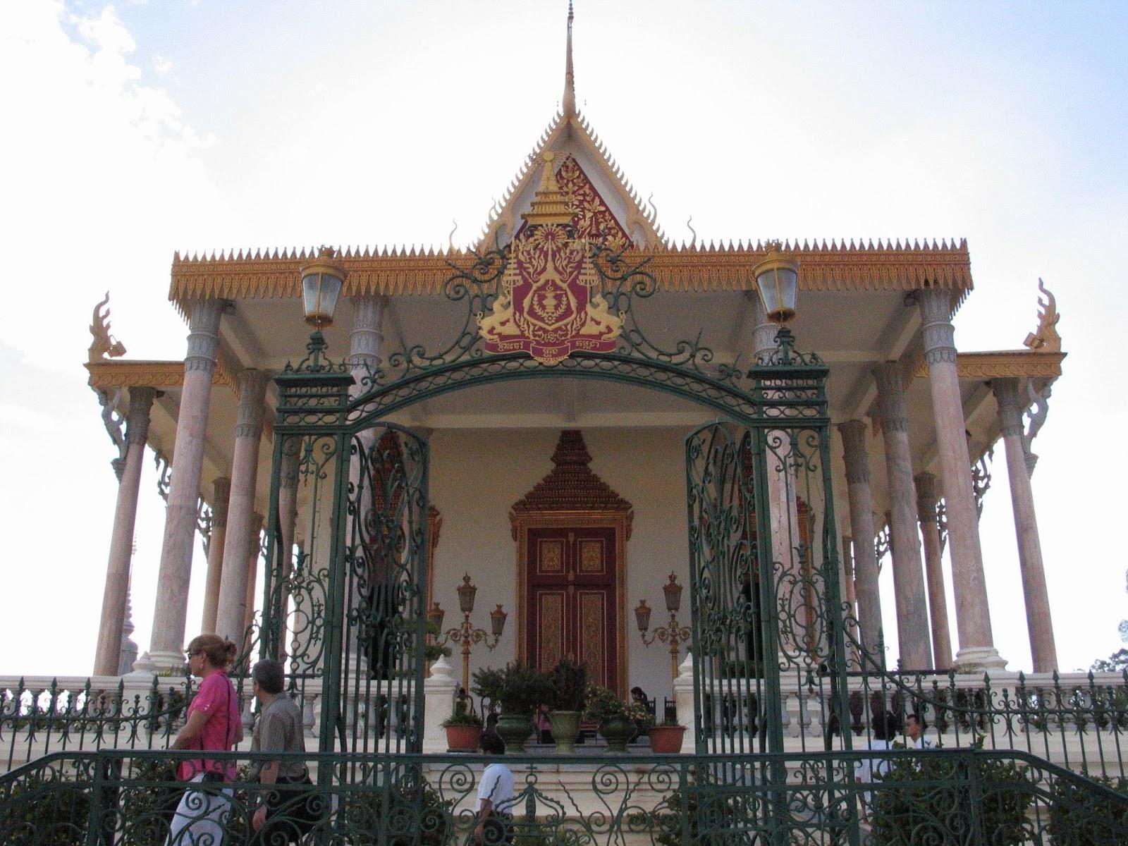 fogyás templom teraszán